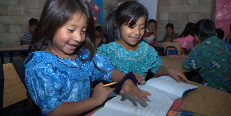 actec-proyecto-becas-para-las-ninas-donar-50